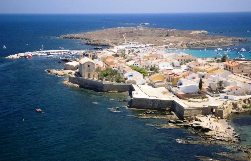 l illa de nova tabarca diari la veu On alojamiento en tabarca